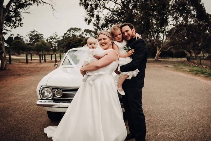 Jessica Tate with Beau Tate, Eloise and Ruby in front of their HR Holden. Pic: Supplied